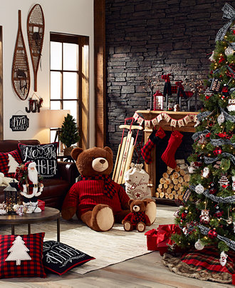 macys-holiday-home-decor-woods