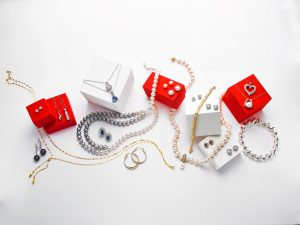 silver-gold-jewelry