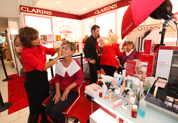 clarins-beauty-counter